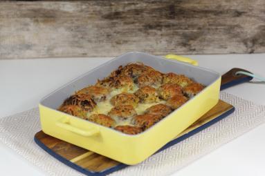 Zdjęcie - Zapiekane pulpeciki z kaszy jaglanej i cukinii - Przepisy kulinarne ze zdjęciami