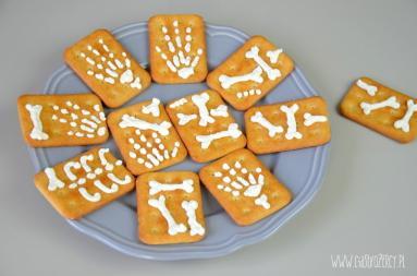 Zdjęcie - Halloween Pomysły na słone przekąski - Przepisy kulinarne ze zdjęciami