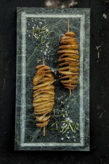 Zdjęcie - Spiralne frytki z piekarnika - Przepisy kulinarne ze zdjęciami