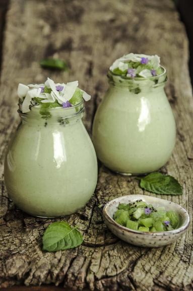 Zdjęcie - Jogurt (kokosowy) z matcha - Przepisy kulinarne ze zdjęciami