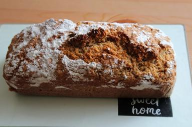 Zdjęcie - Chleb na ciemnym piwie. Tylko 3 składniki! - Przepisy kulinarne ze zdjęciami