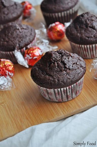 Zdjęcie - Podwójnie czekoladowe muffinki pełnoziarniste - Przepisy kulinarne ze zdjęciami