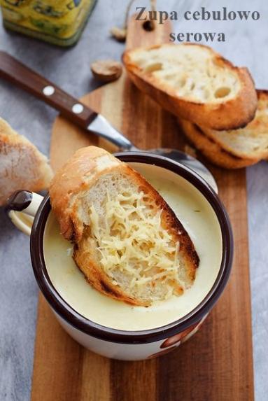 Zdjęcie - Zupa serowo – cebulowa - Przepisy kulinarne ze zdjęciami