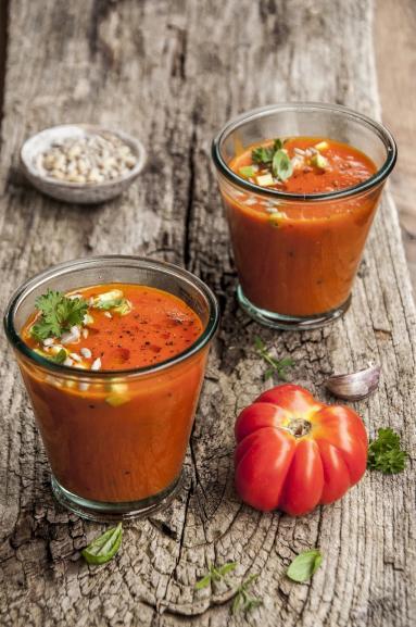 Zdjęcie - Krem z pomidorów dojrzewających na słońcu - Przepisy kulinarne ze zdjęciami