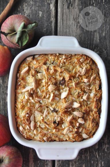 Zdjęcie - Płatki ryżowe pieczone z jabłkami i migdałami - Przepisy kulinarne ze zdjęciami