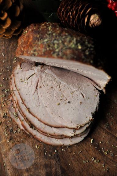 Zdjęcie - Pieczona szynka - Przepisy kulinarne ze zdjęciami