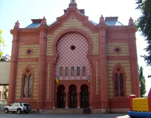 Helyreállították az ungvári zsinagóga üvegkupoláját