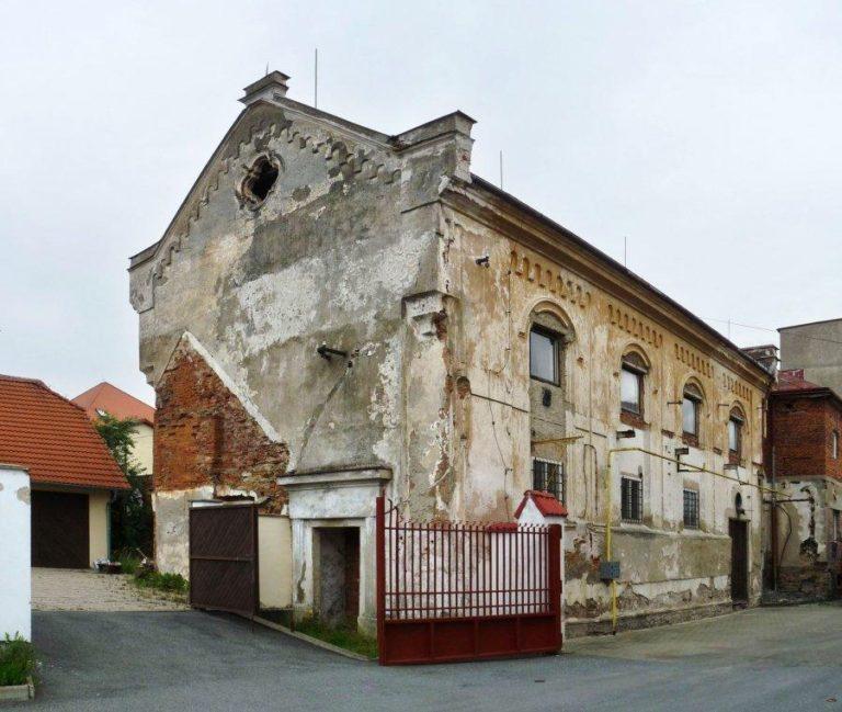 Már nem élnek zsidók a cseh városban, de a zsinagóga megmenekülhet