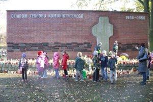 miejsca pamięci narodowej 4.11.2014r 079
