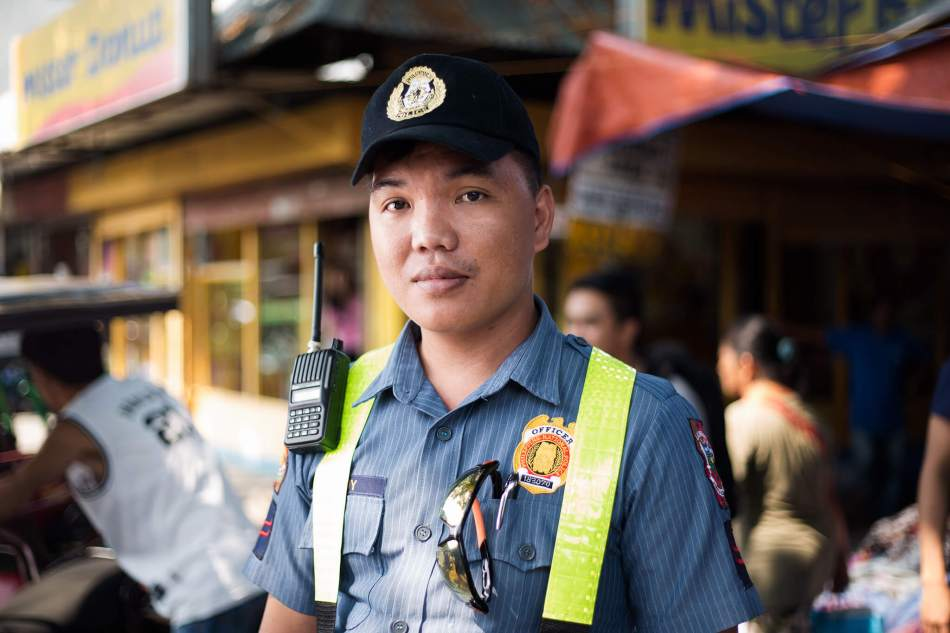 philippines-Philippines-Police-Officer-1
