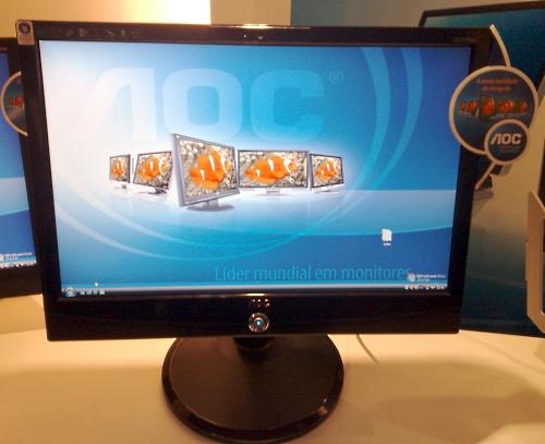 AOC 2217Pwc: 22 polegadas com webcam integrada