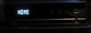 Painel frontal com porta USB