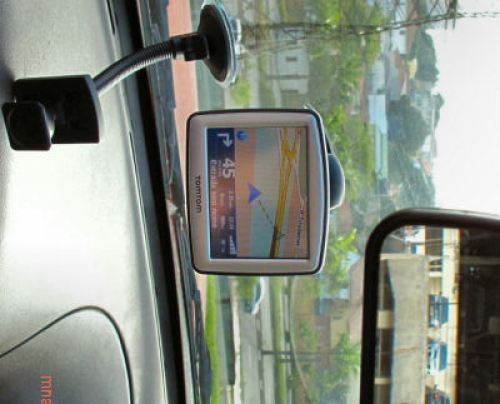 tomtom_one_no_carro_small
