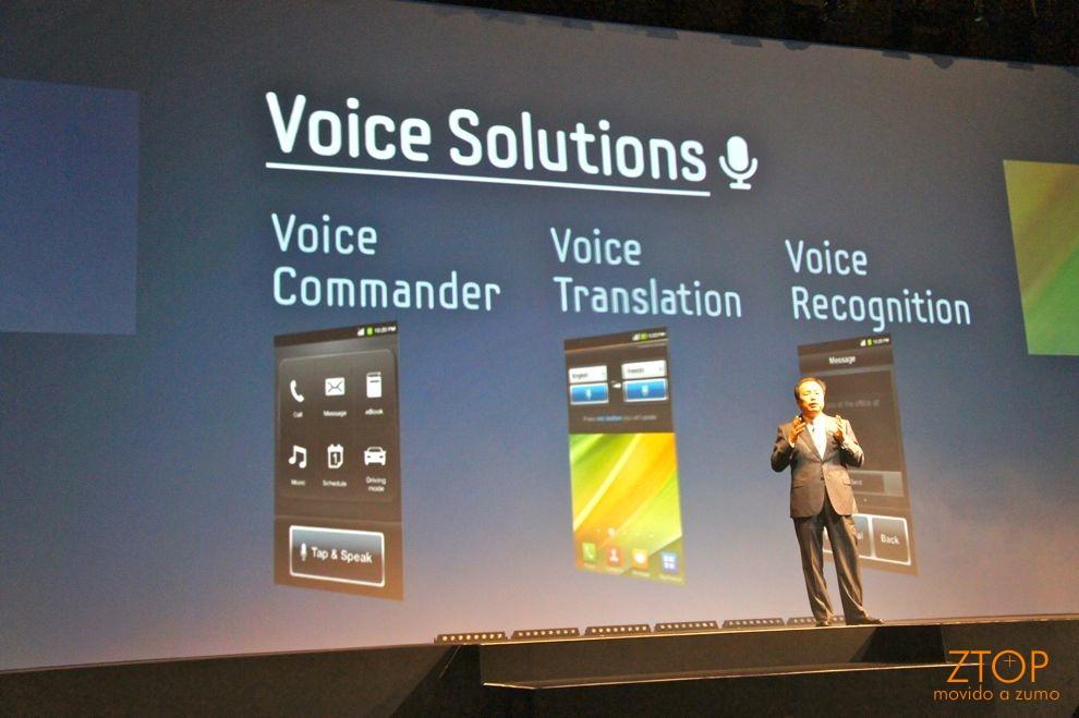 Shin também falou de 3 novos recursos integrados aos Androids: comandos de voz, tradução integrada e reconhecimento de voz (e funciona!)