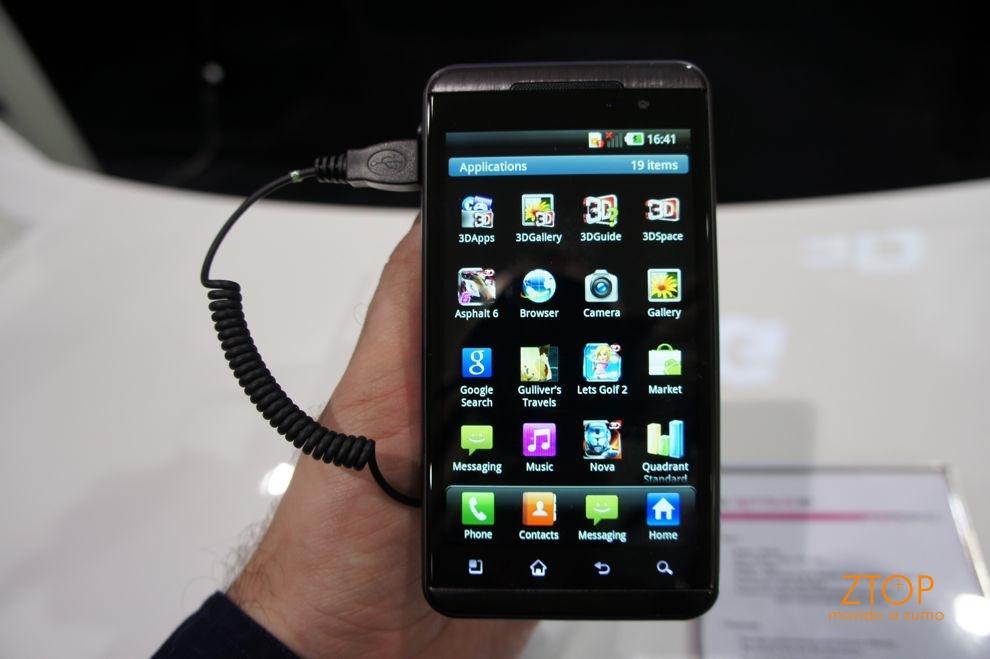 Optimus 3D: interface adaptada da LG para o Android