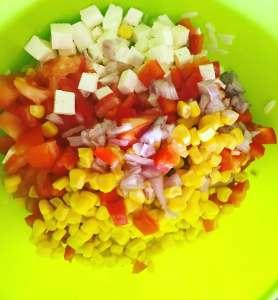Kritharaki Salat mit frischen Zutaten