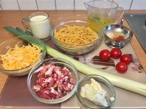 One Pot Bacon Makkaroni mit Käse Lauch Soße Zutaten
