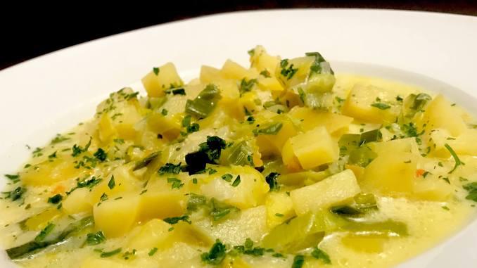 Vegetarische Porree Kartoffelsuppe