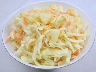 Coleslaw mit Ananas