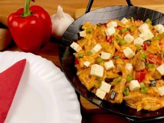 Kritharaki Gemüse Gyros Pfanne mit Feta Käse