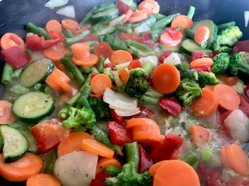 Zubereitung Tagliatelle mit italienischen Gemüse und Gorgonzola Soße