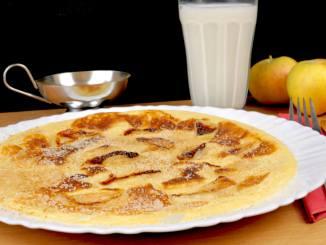 Apfel Pfannkuchen mit Zimt und Zucker