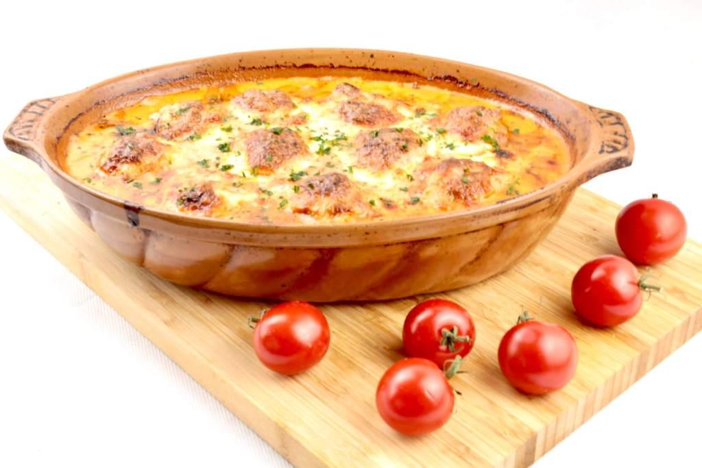 Einfach und lecker kochen Toscana Hackbällchen mit Mozzarella Käse