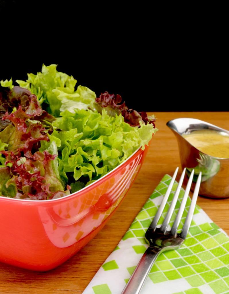 Salat Beilage Salat Trio mit einem süßen Senf Dressing