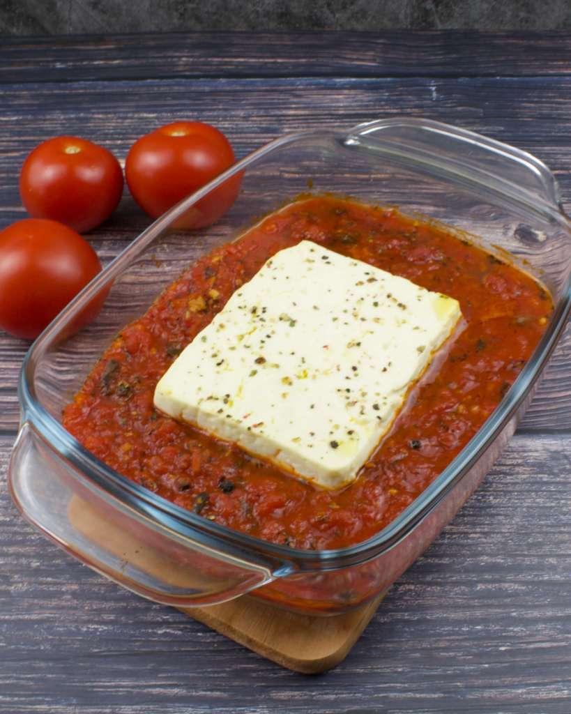 Serviervorschlag Gebackener Feta Käse aus dem Ofen