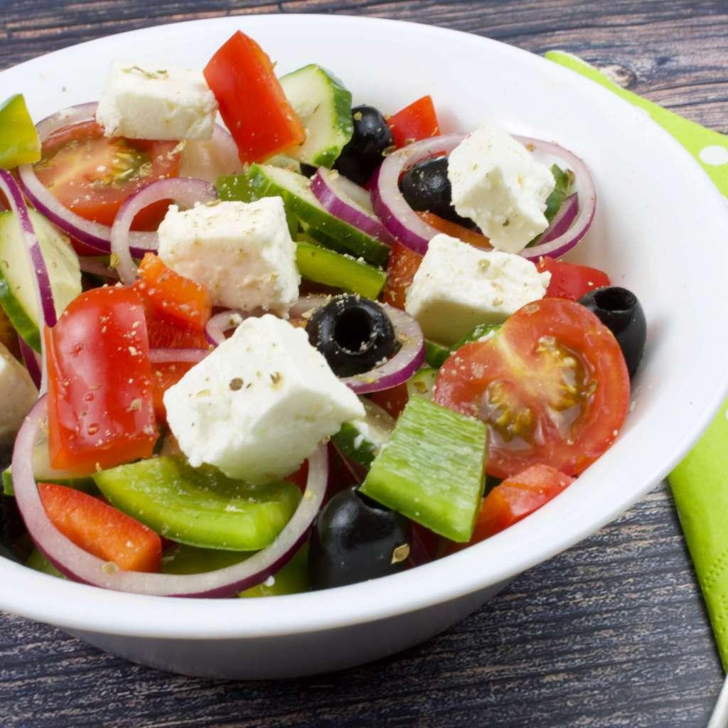 Serviervorschlag Griechischer Bauernsalat