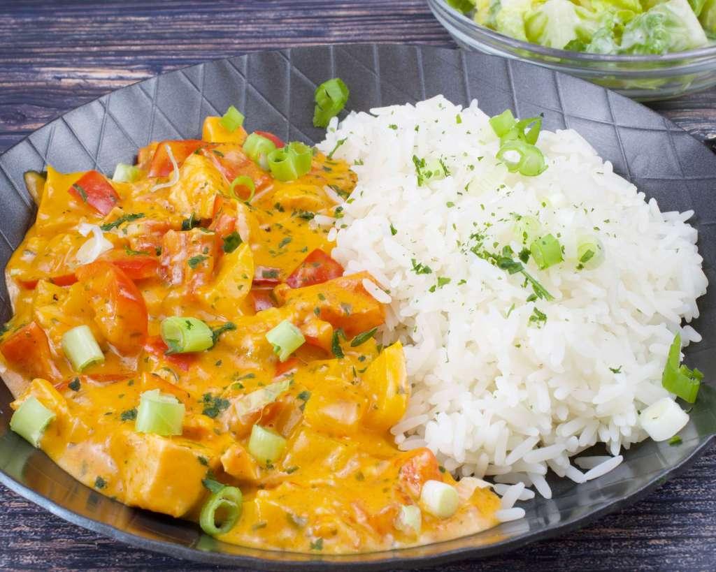 Zubereitung Paprika Sahne Lachspfanne