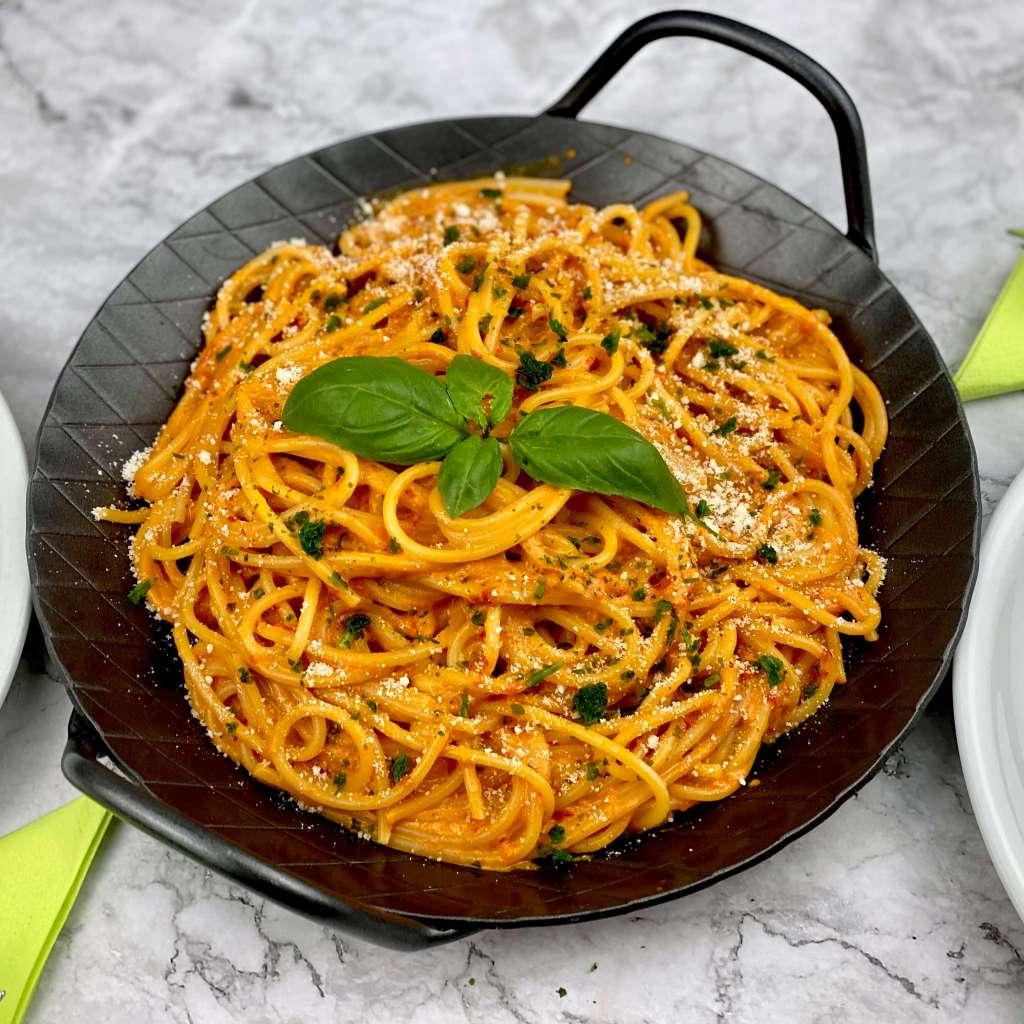 Spaghetti mit Ajvar