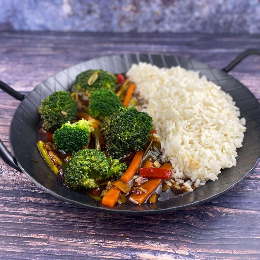 Zubereitung Asiatische Brokkoli Gemüse Pfanne