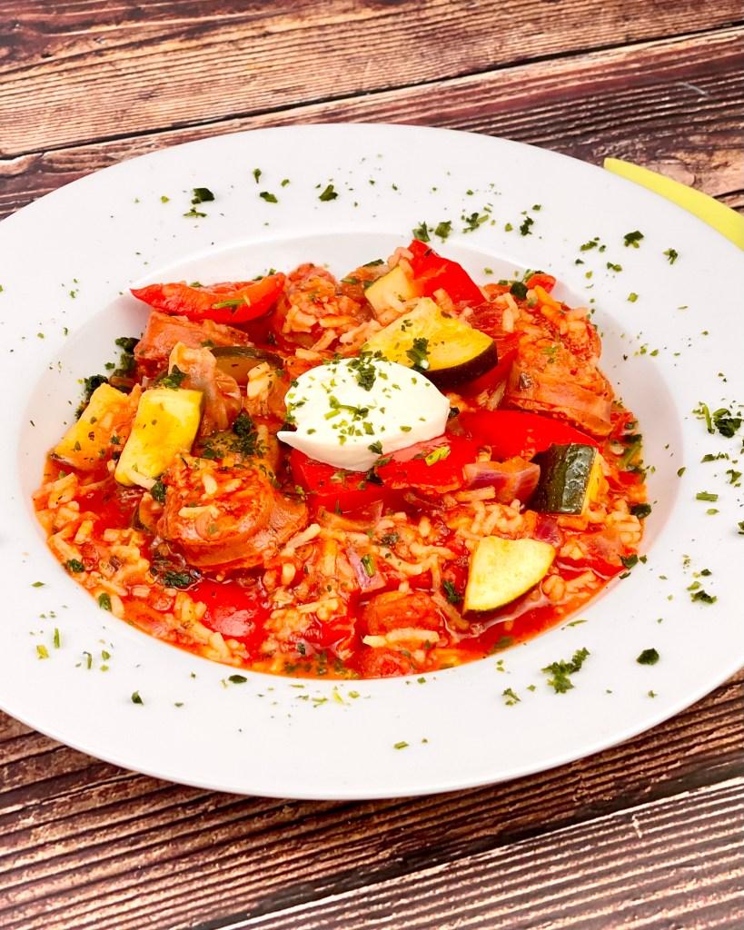 Zubereitung Chorizo Reispfanne mit Paprika und Zucchini