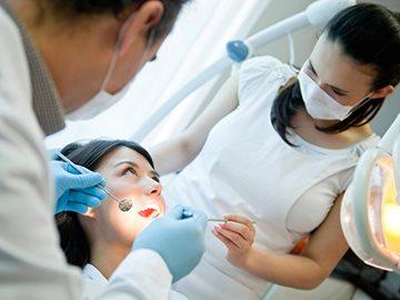 Препараты для аппликационной анестезии в стоматологии и их свойства