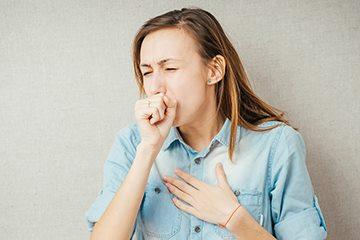 Привкус гноя в носоглотке причины. Гнилостный запах и привкус гноя при глотании во рту: причины и лечение у взрослых и детей