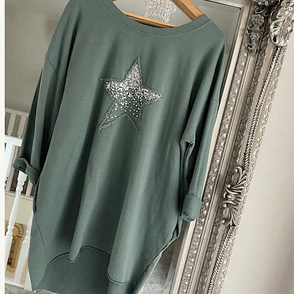 Long side pocket star sweater