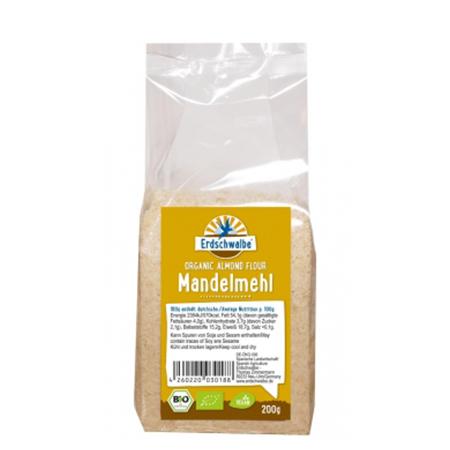 Erdschwalbe naturbelassenes Bio-Mandelmehl 200 g Beutel. Mandelmehl kaufen. Mandelmehl bestellen. Bio Mandelmehl online kaufen.