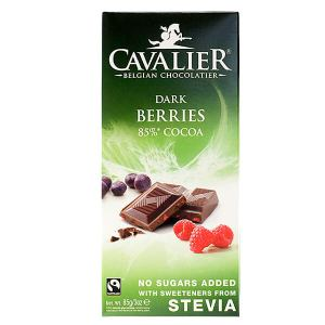 Cavalier Stevia Schokolade Dark Berries 85 % Cocoa Zartbitterschokolade mit Beeren 85 g. Gesüßt mit Stevia, Erythrit. Cavalier Dark Berries 85% Cocoa kaufen