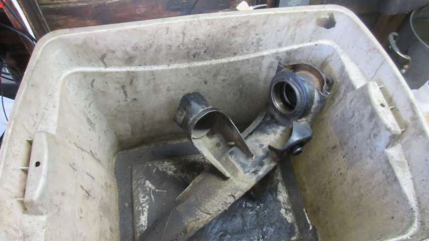 1979 VW Beetle - Driver Trailing Arm - Rust Removal