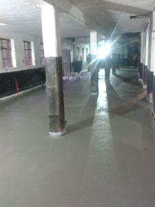 Nieuwe vloer in de opslag