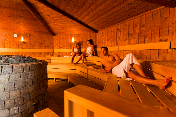 Finnish sauna Experience our saunas  Spa Sport Hotel ZUIVER
