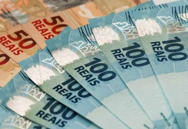 Governadores dinheiro