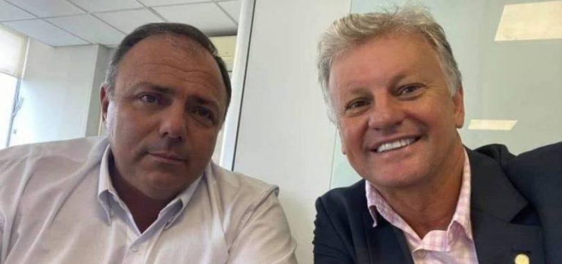 Airton Cascavel participa de reuniões com governadores, viaja pela pasta e é até indicado para receber demandas de secretários