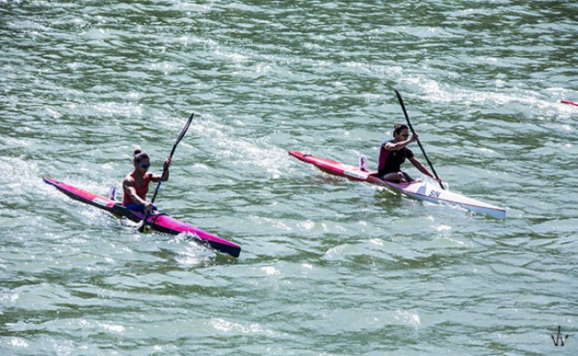 life-of-team-singapore-national-kayak-chen-sisters-team-6