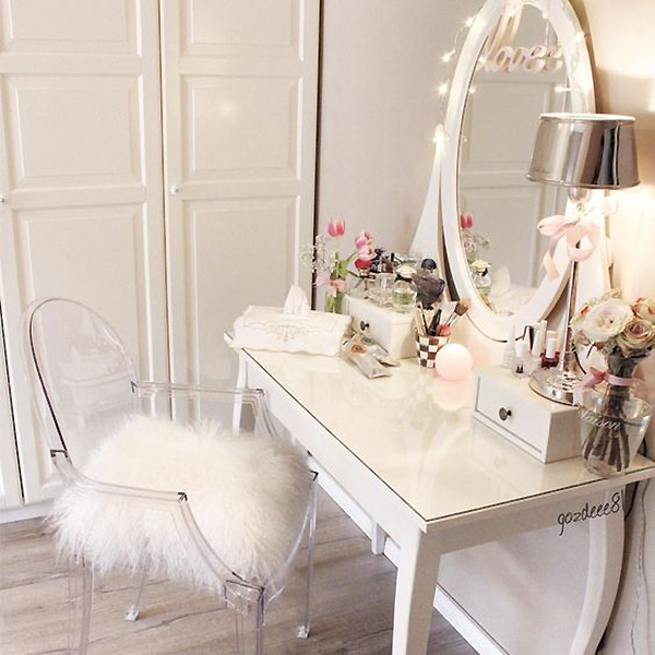 Oval Mirror Singapore 16 Insanely Gorgeous Makeup Dressing Tables And Where To