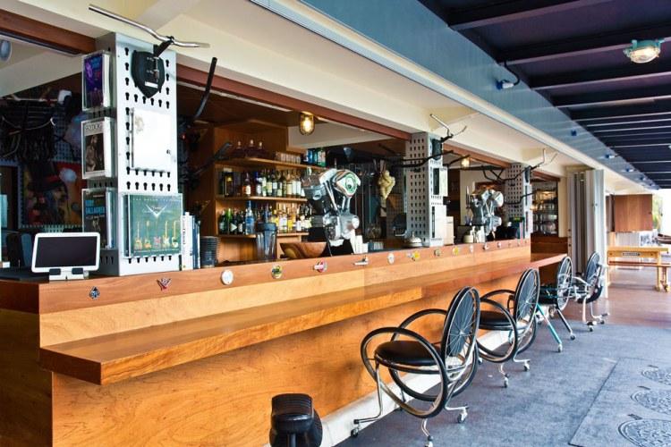 themed-bars-singapore (2)