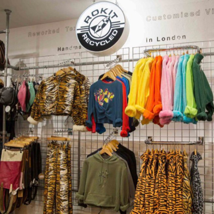 london-thrift-stores (11)