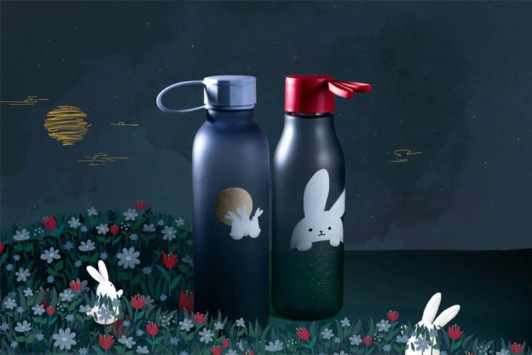 starbucks-bunnies-bottles