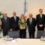 La nueva pelea Macri-Peronismo: las Embajadas
